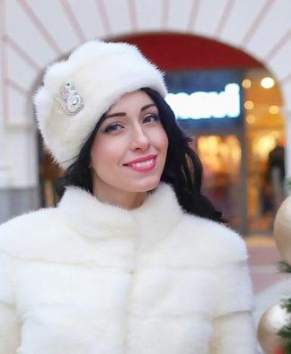 Белый свадебный норковый полушубок