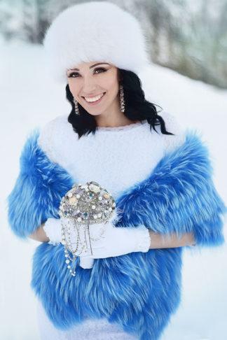 Свадебная накидка голубого цвета